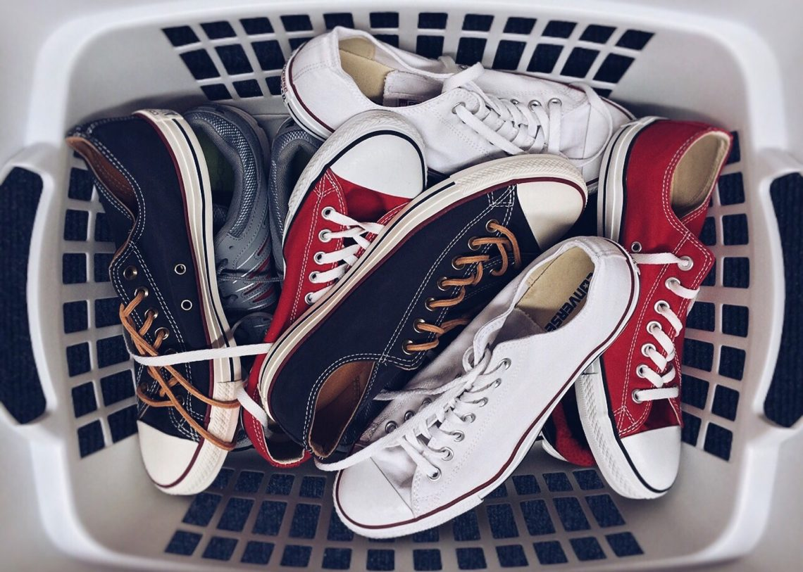 lavar zapatillas en la lavadora
