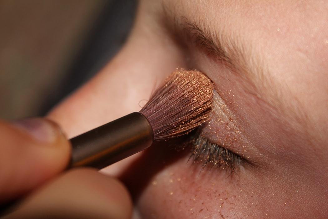 Exceso de maquillaje para la piel