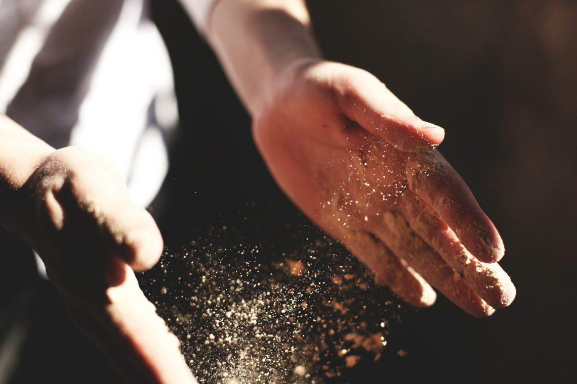 exfoliante natural de manos